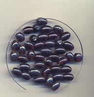 Bruine ovalen kraaltjes luster helder